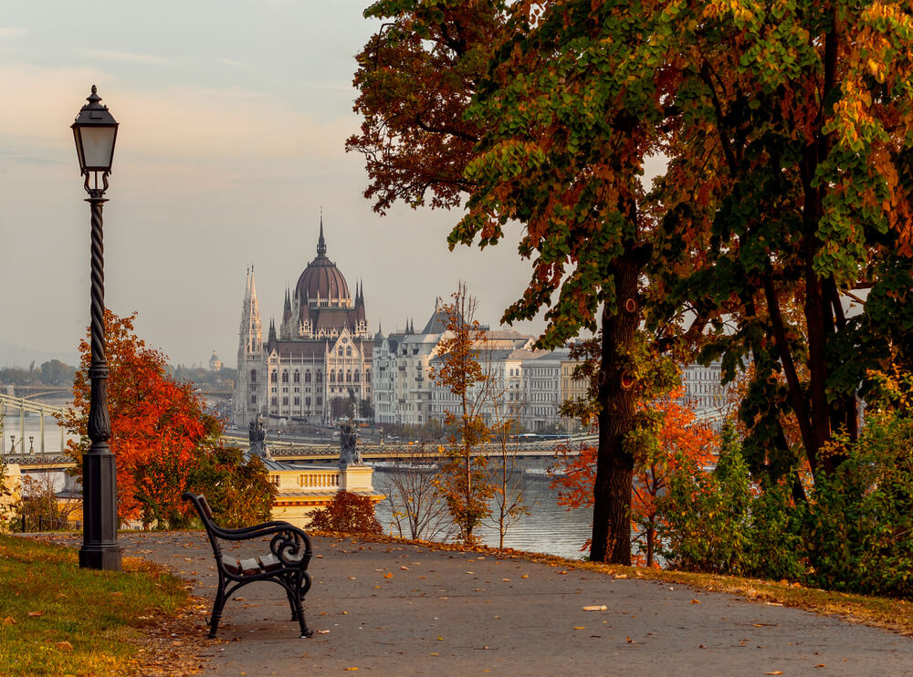 Travel to Budapest in Autumn